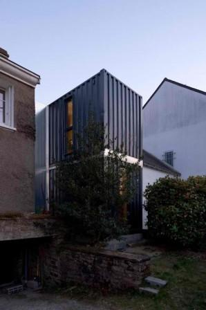 contemporary shipping container house extension. Black Bedroom Furniture Sets. Home Design Ideas