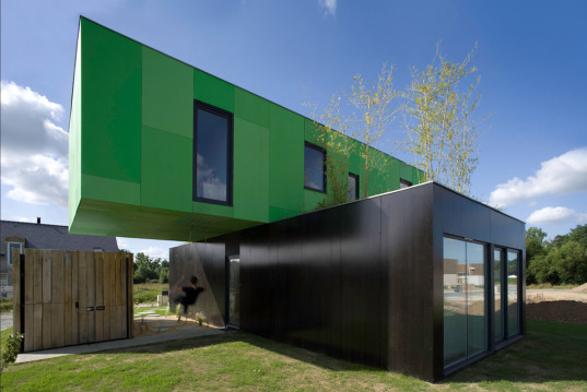Crossbox by cgarchitectes - Australian container homes ...