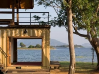 Lakeside Shipping Container Retreat in Sri Lanka 4