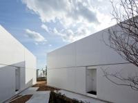 The Bayside Marina Hotel by Yasutaka Yoshimura Architects 6