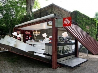 The illy Push Button Shipping Container House by Adam Kalkin 8