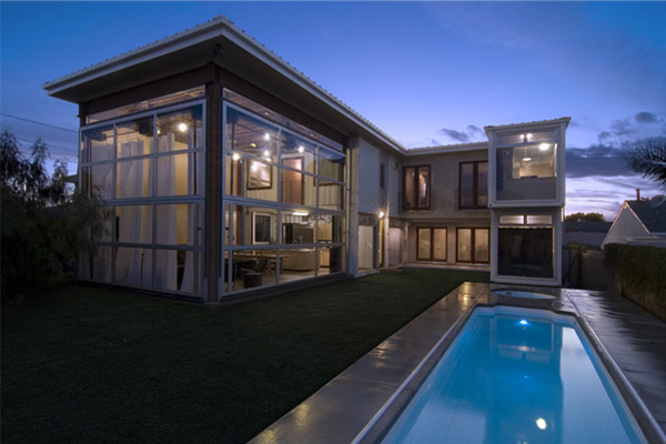 redondo shipping container beach house