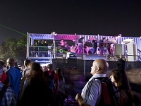 the-voodoo-music-and-art-festival-shipping-container-grand-stand-10