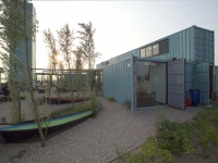 Wijn of Water - Shipping Container Restaurant Rotterdam 5